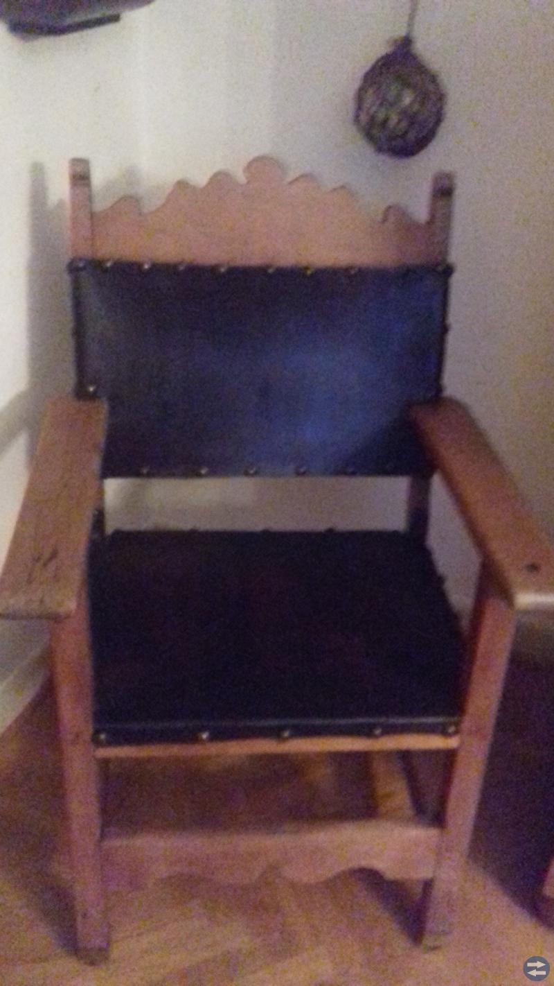 Möbler    stolar  +gungstolar   soffa  mm
