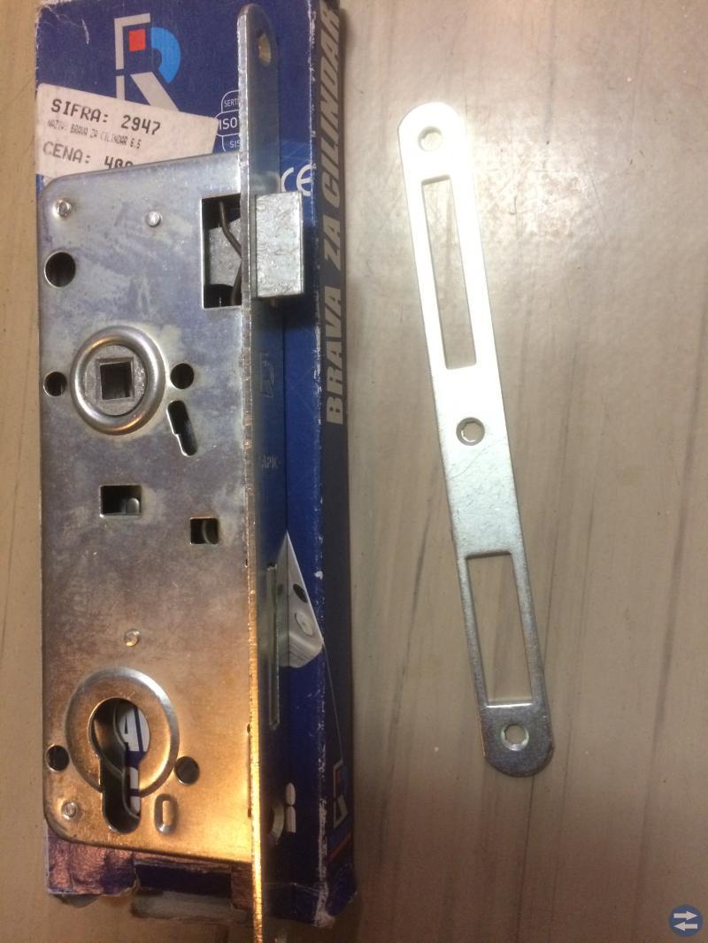 Dörrlås cylindrar , dörrstängare