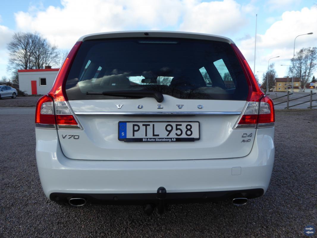 VOLVO V70 II D4 AWD MOMENTUM 2015