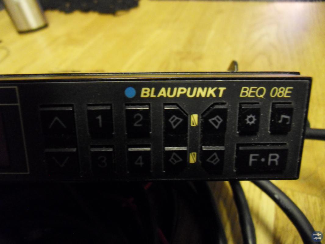Equalizer Blaupunkt BEQ 08 E