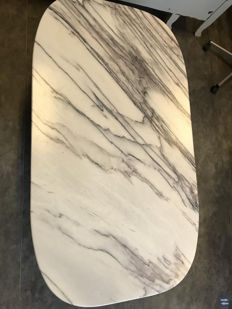 Kökssoffa, marmorbord mm