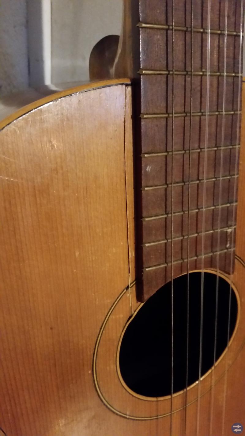Gitarr av märket Gerdin