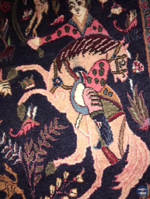 Äkta handknuten matta