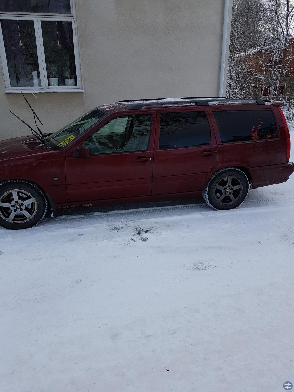 Volvo V70 -00