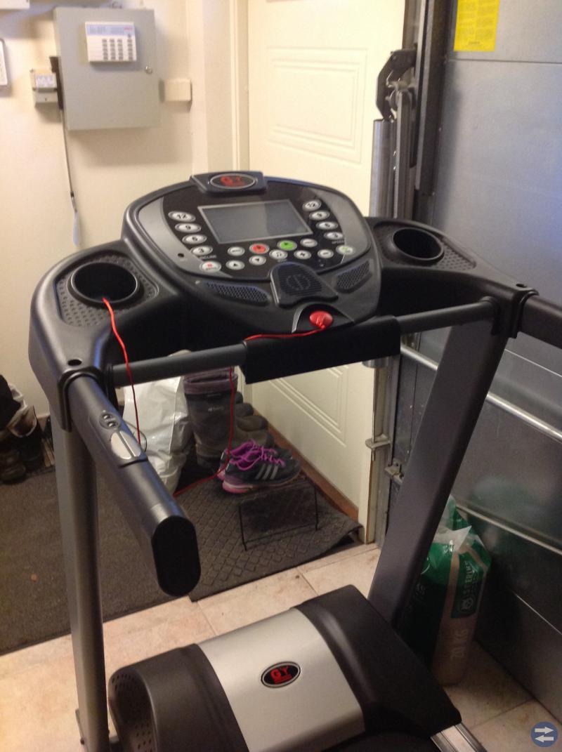 Löpband/bana GV 4600 Använt 5 Tim. Fungerar bra.
