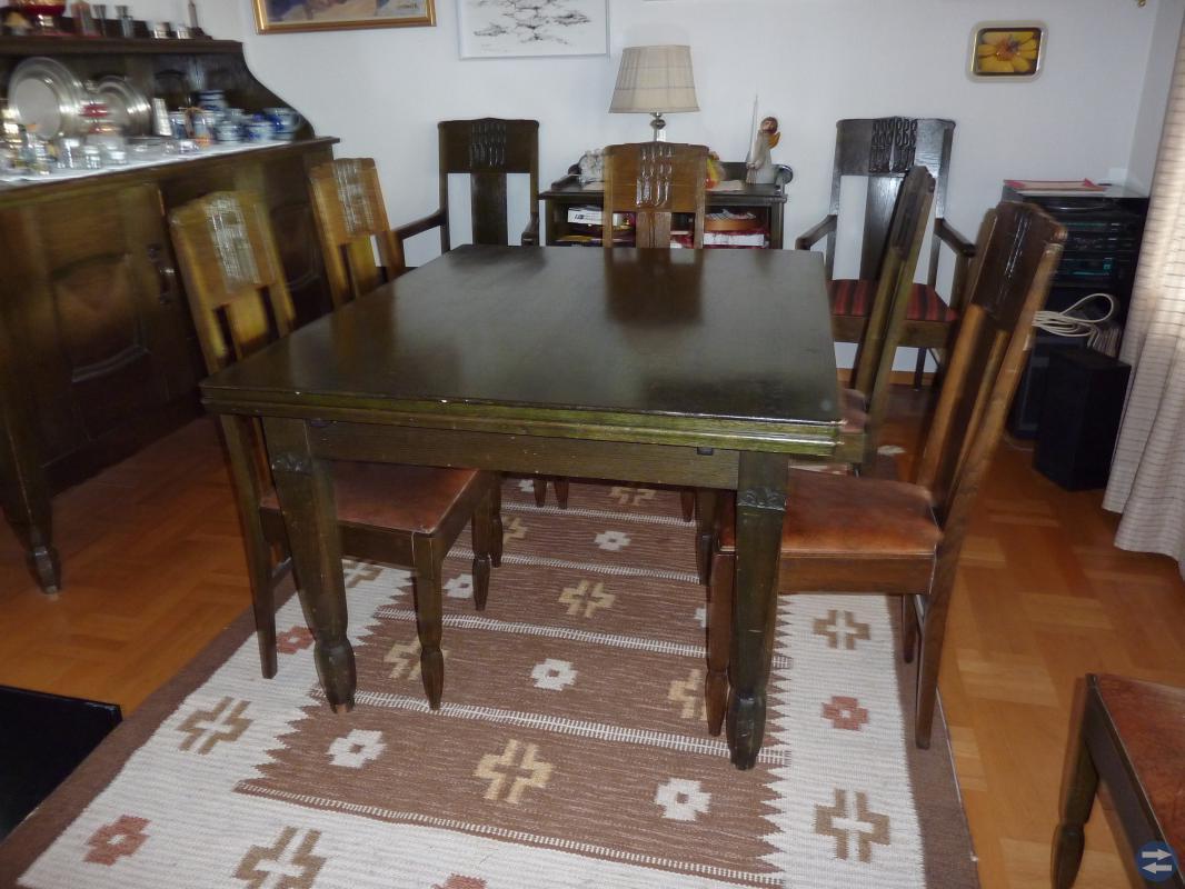 Äldre rustik matsalsmöbel 17 delar