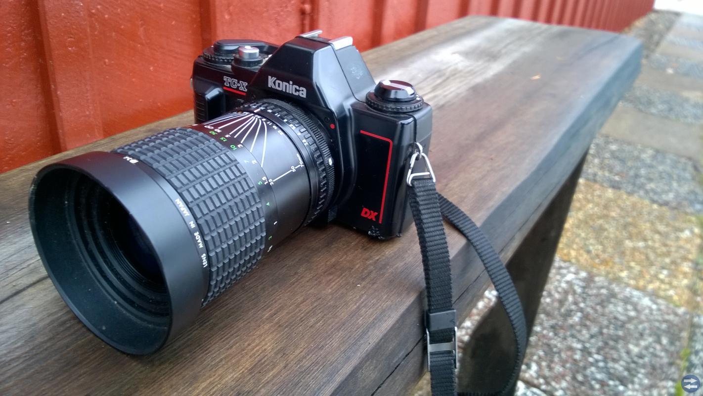 Kamera konica TC-X