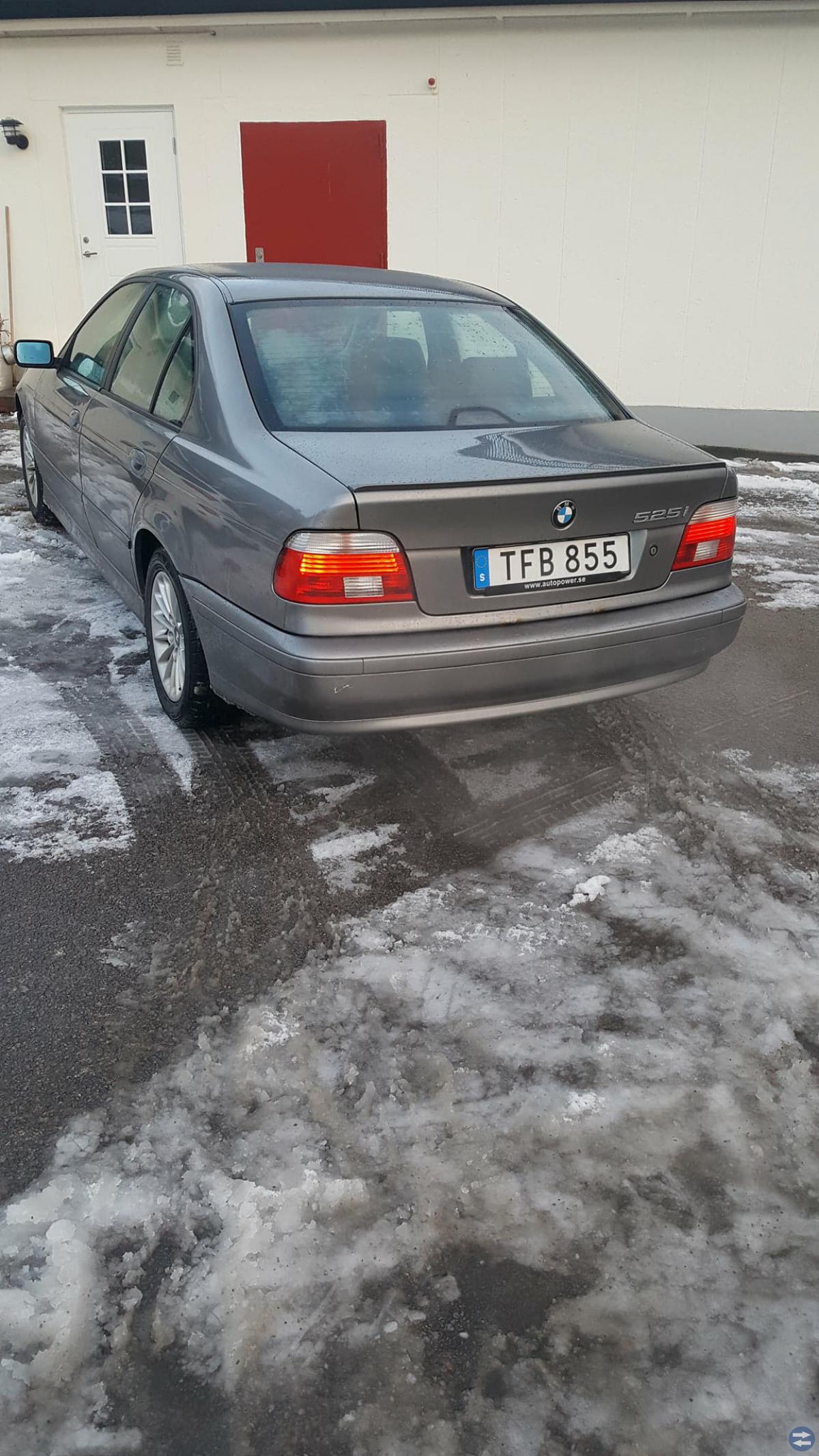 BMW 525 E39-02