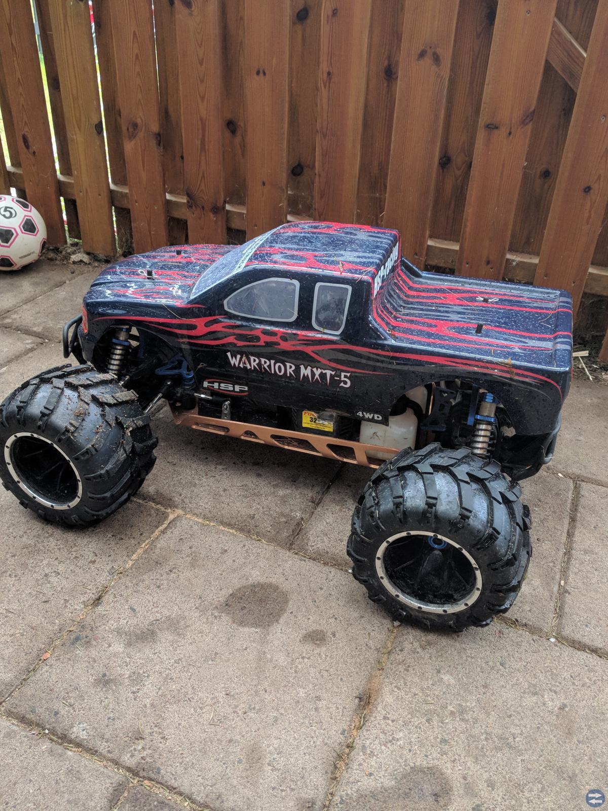 Monster truck 4+4