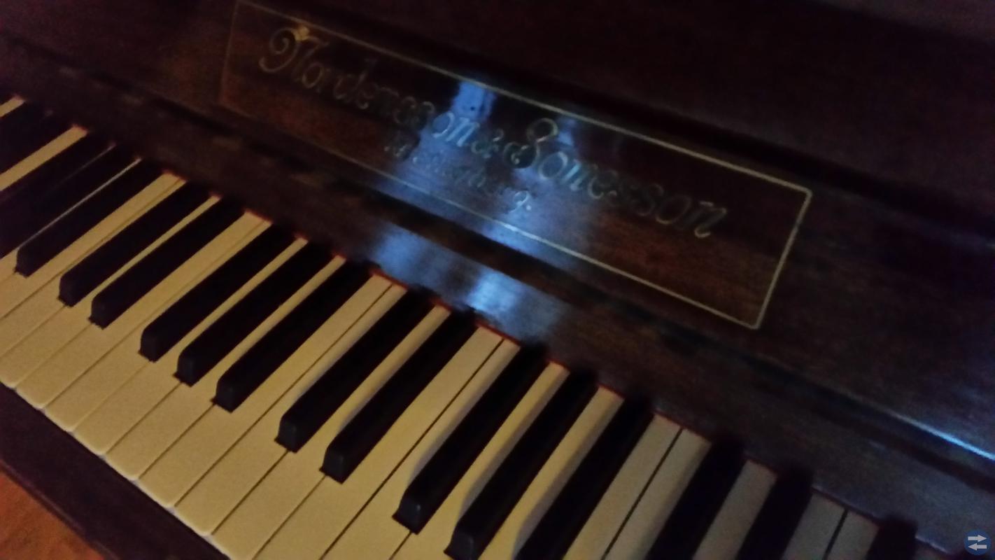 Fint Piano