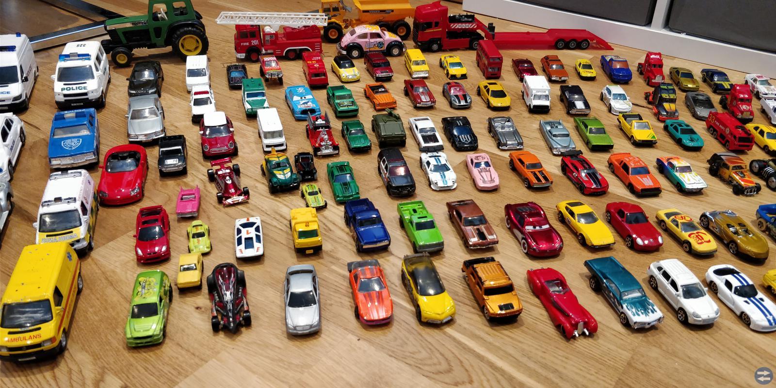 Leksaker - BIlar och fordon - 160 - 180st