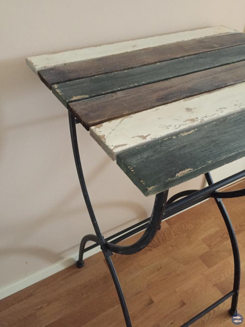 Fräckt bord