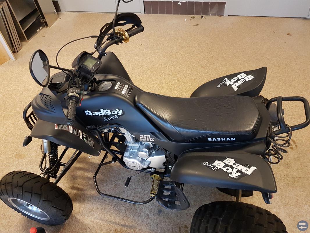 Atv bashan badboy elite 250cc