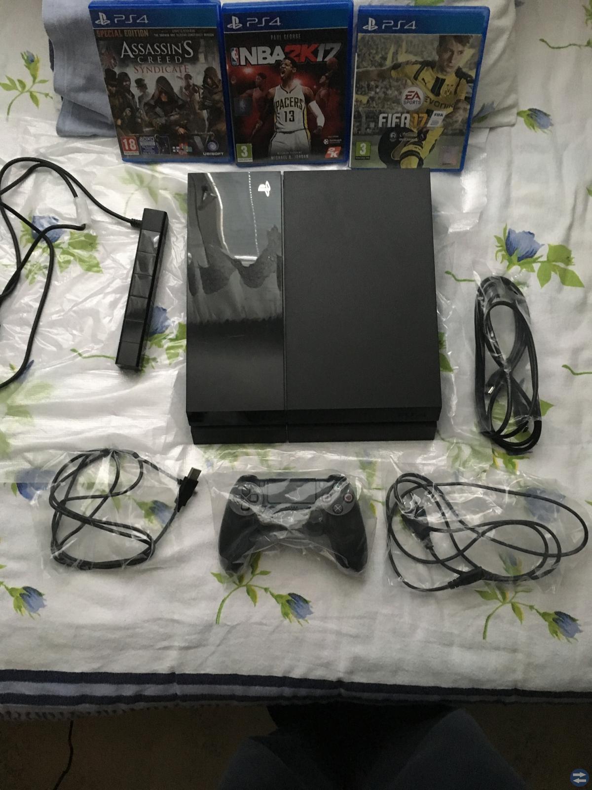 Playstation 4, 1TB + Kamera + 3St Spel