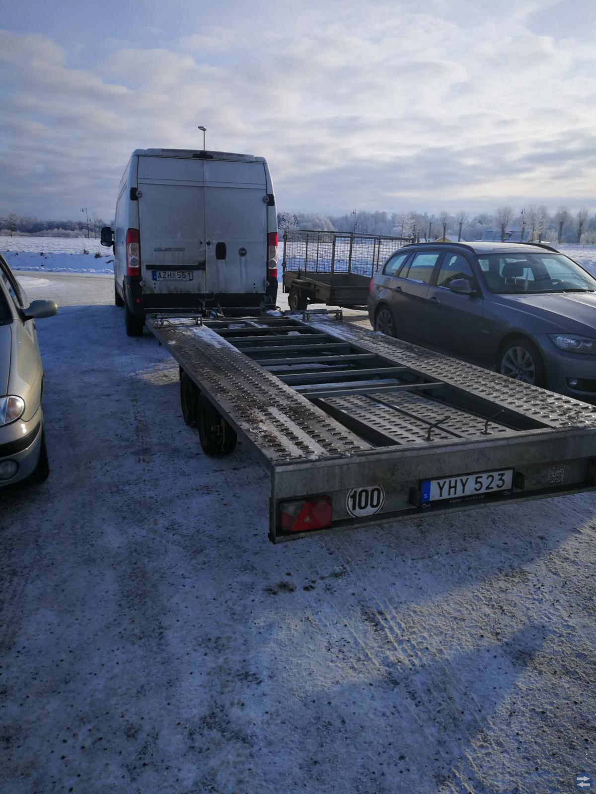 Biltransport skrotbilar