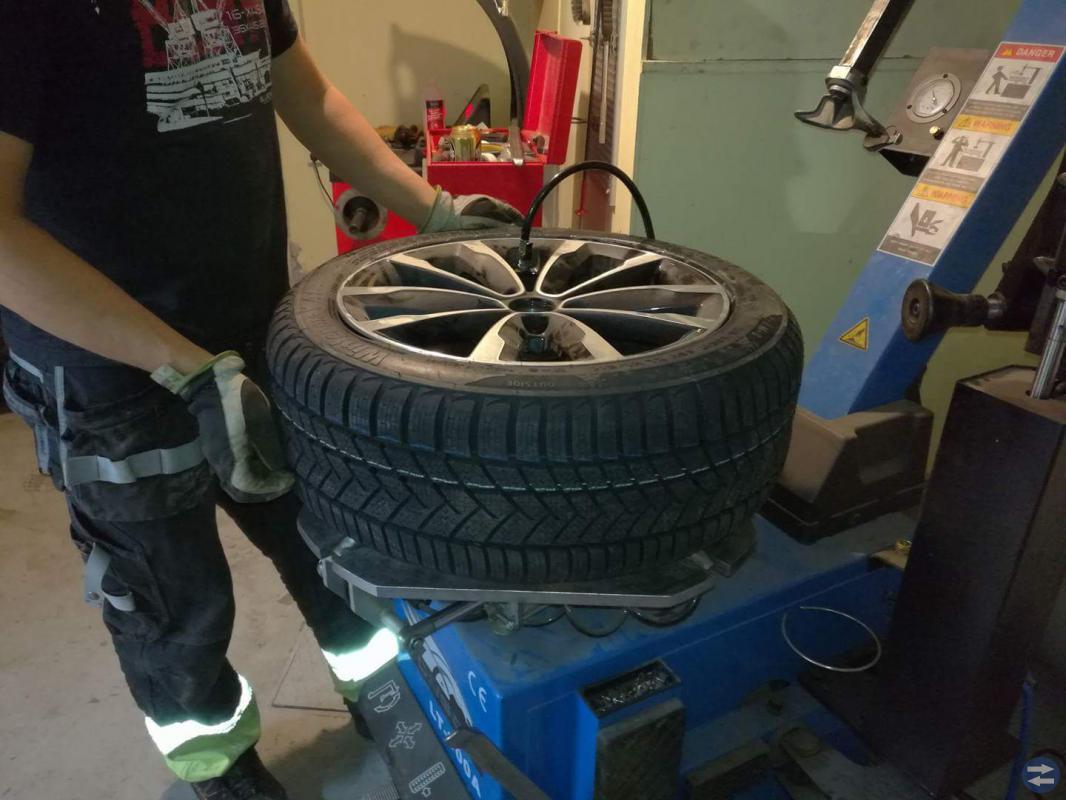 Däck skifte  byte av däck