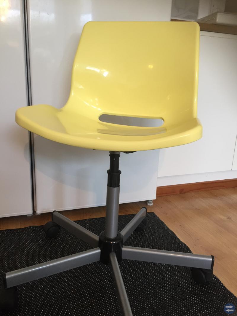 Kontorsstol IKEA gulgrön