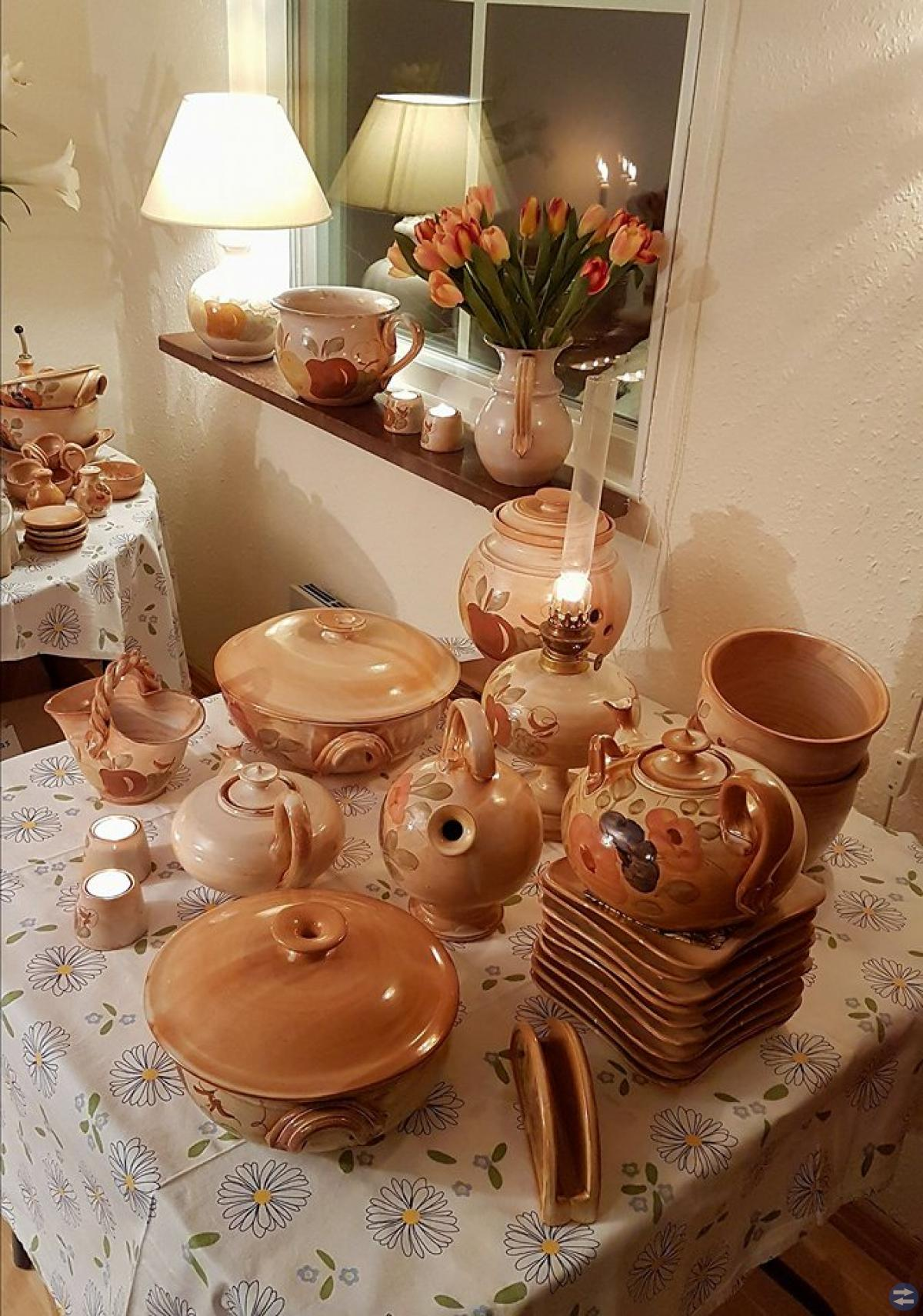 Mycket fin La Poterie keramik