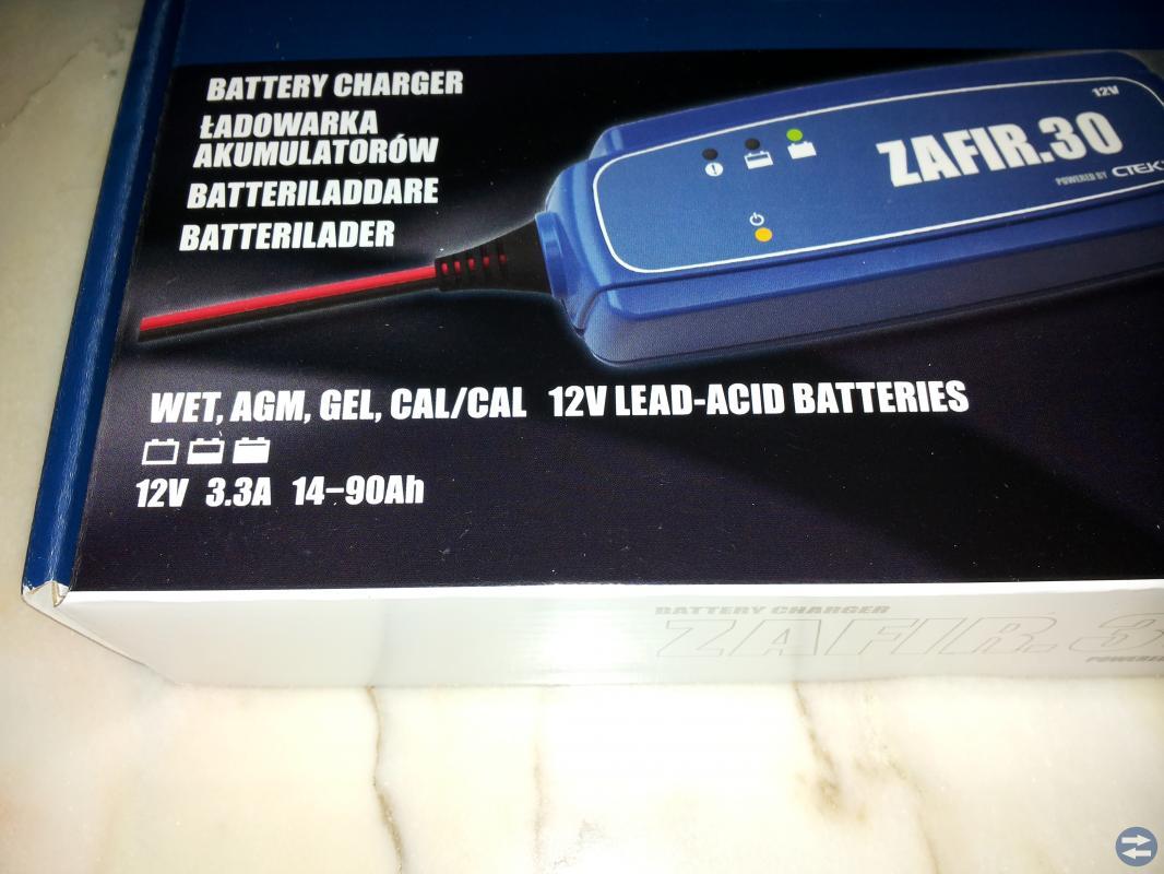 CTEC  Batteriladdare
