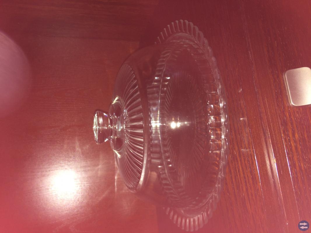 Porslin, Gardintyg,Glas kuppa, korg,Bild rammar,