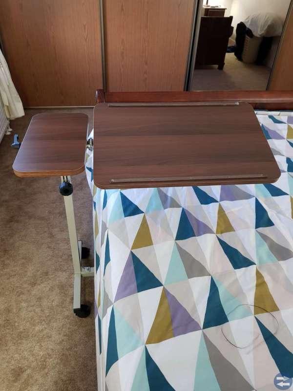 Sängbord med hjul