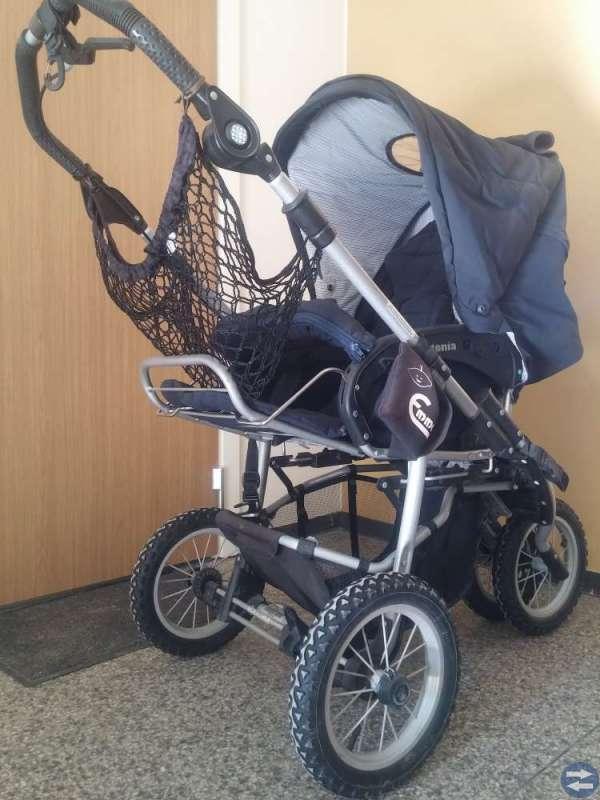 Jätte-fin-barnvagn