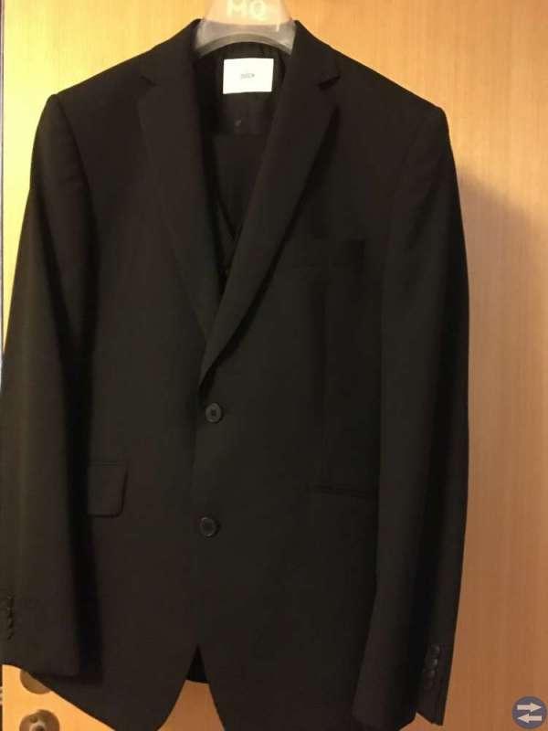 Kostym med väst str 48