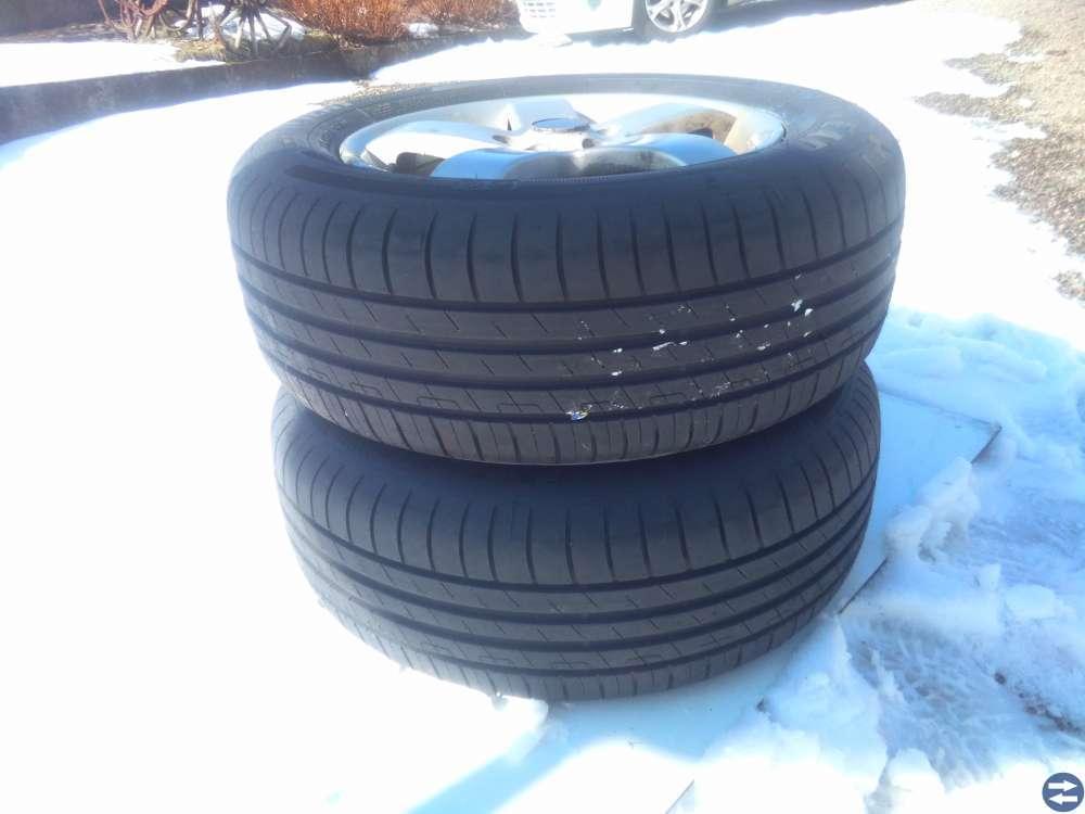 Garage rensning däck och fälgar