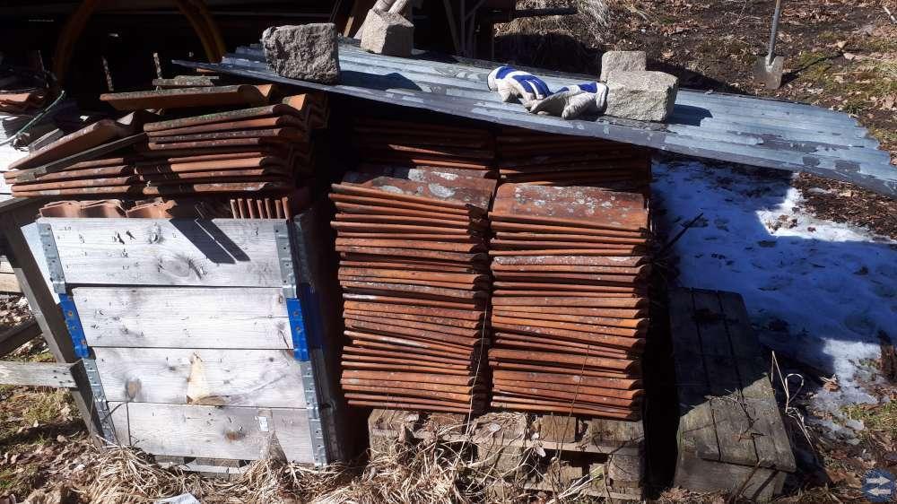 Tegelpannor .vedkap fasadeternitplattor
