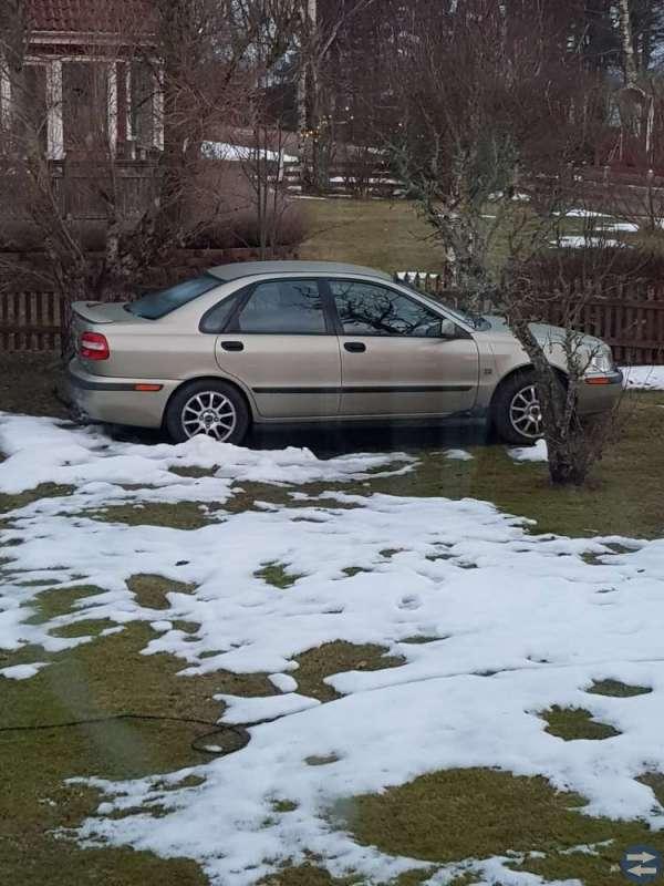 Volvo s 40 -00 Nybes.