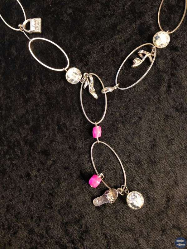 Handgjorda Smyckes Set