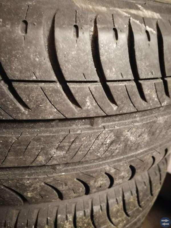 Michelin på Lm. Fälg. 185/65/R14