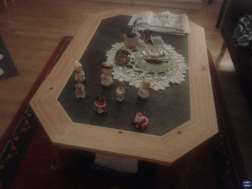 Soff bord marmorskiva.matta etc