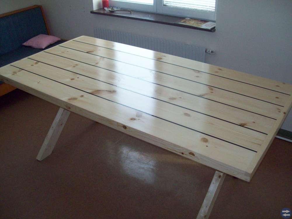 Matbord .kryssbord