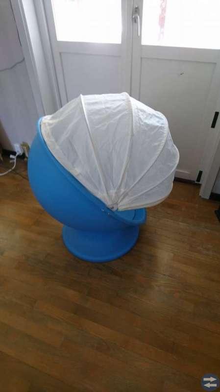 Lömsk snurrfotölj från Ikea