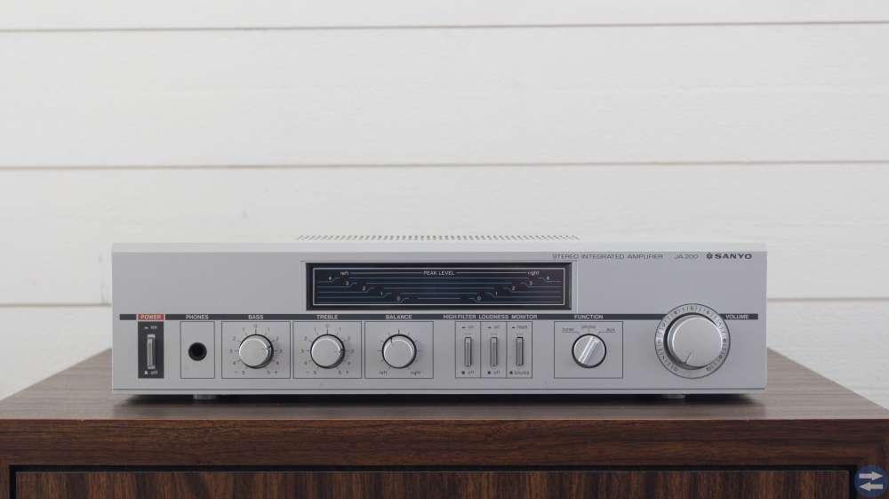 Subwoofer, förstärkare, DVD spelare, radioreciver