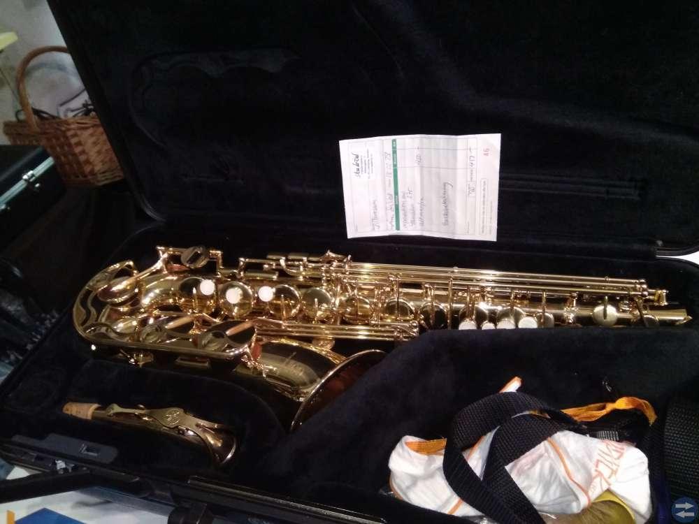 Altsax Yamaha, Klarinett Elkhart. Nyskick