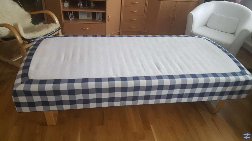 Hästens säng