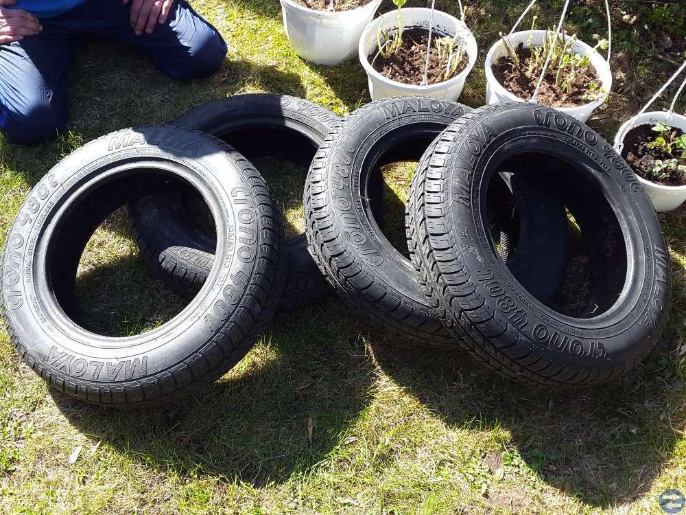 Helt nya däck