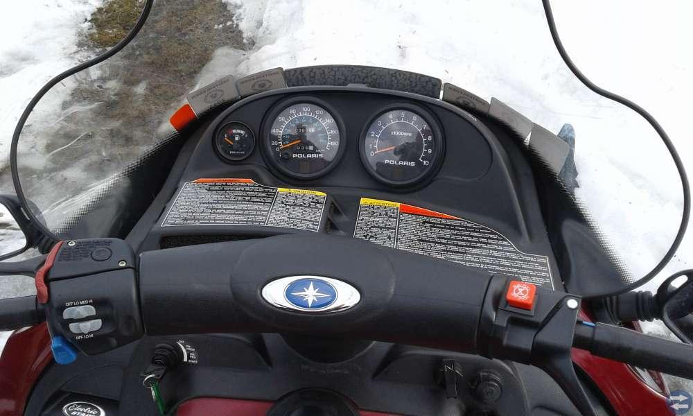 Polaris Classic Touring 600 -02