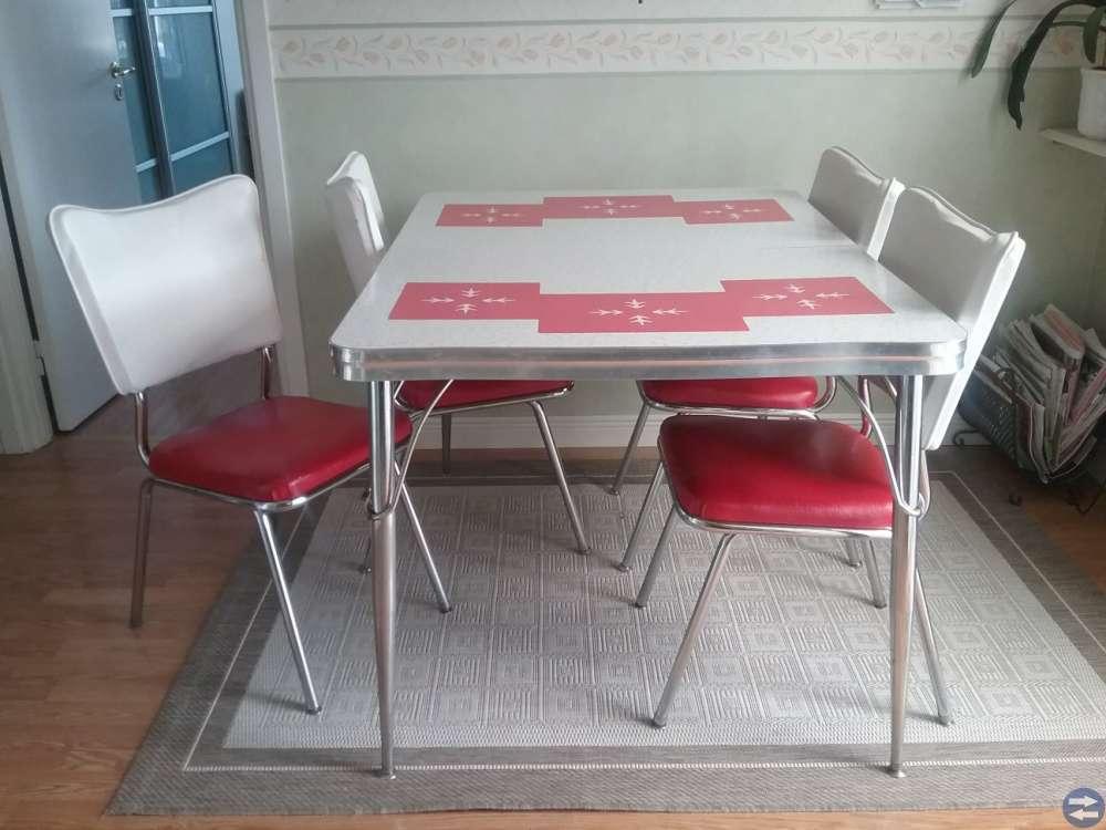 Köksbord eller cafemöbel  NOSTALGI