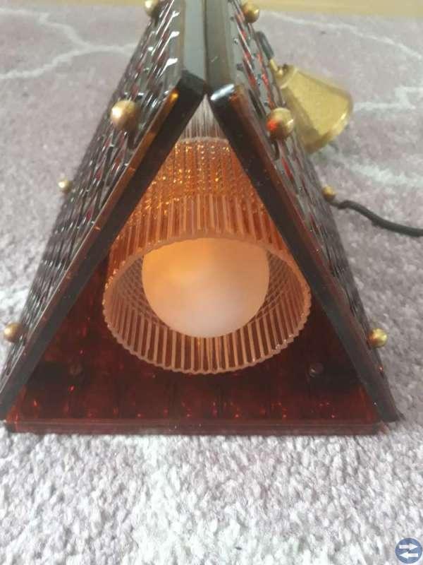 En taklampa ovanlig från 1960 talet bra skick!