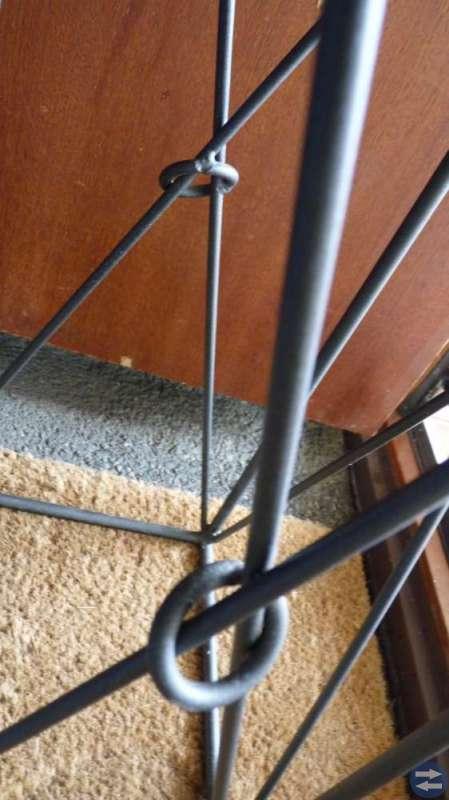 Piedestal / blompiedestal svart smide, metall