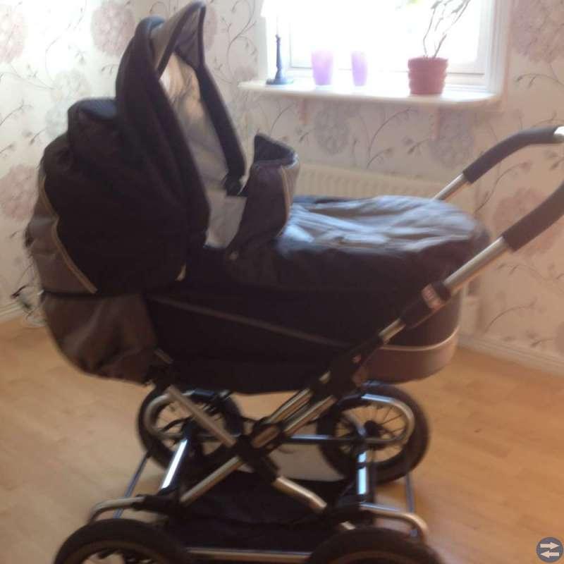 Barnvagn med kärrdel Emmaljunga+Själsäng