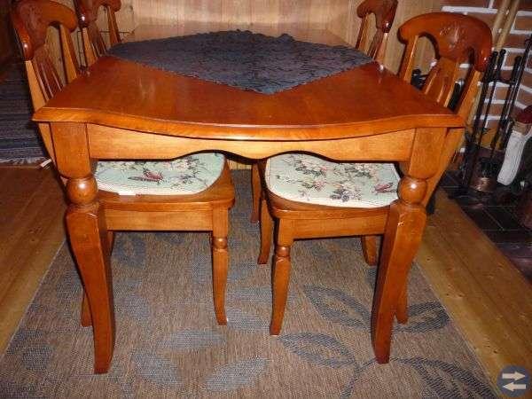 Jättefint bord till vardagsrummet
