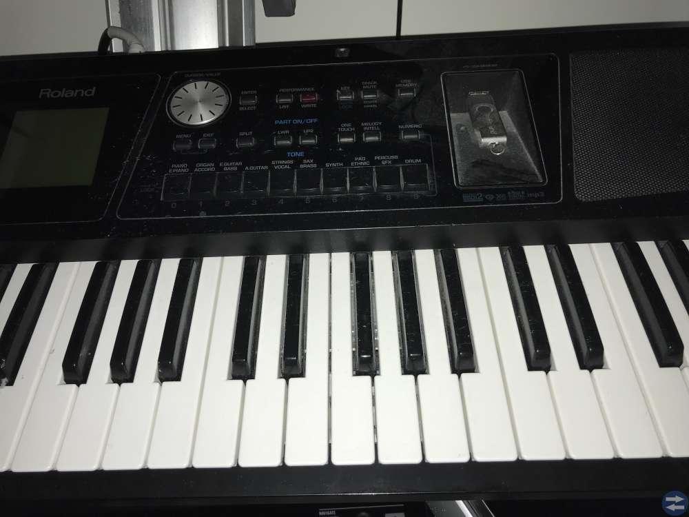 Keyboard Roland BK5