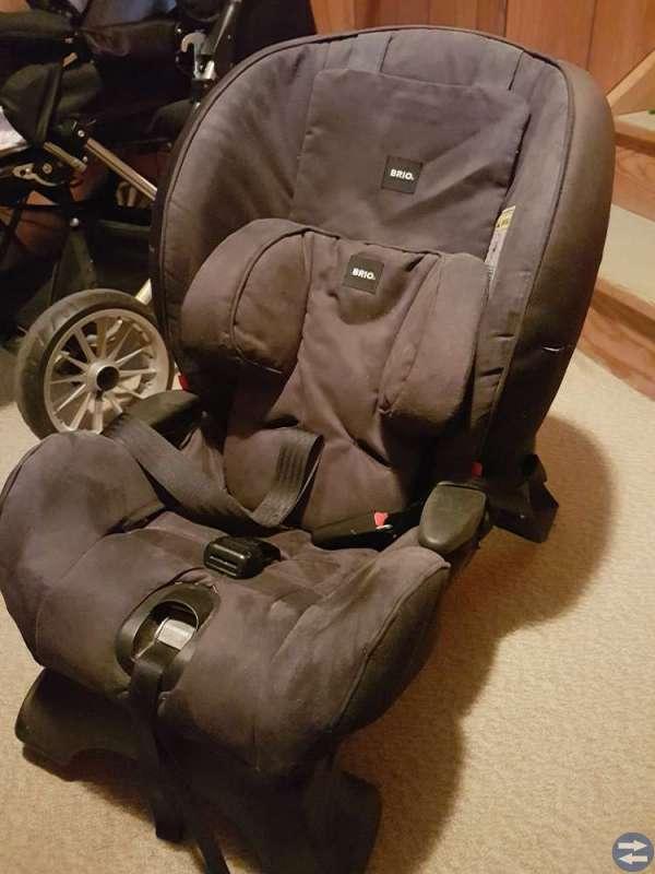 Emmaljunga kombivagn + baby-skydd och bilbarnstol