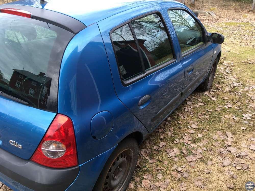 Renault Clio 1,2 16V -03
