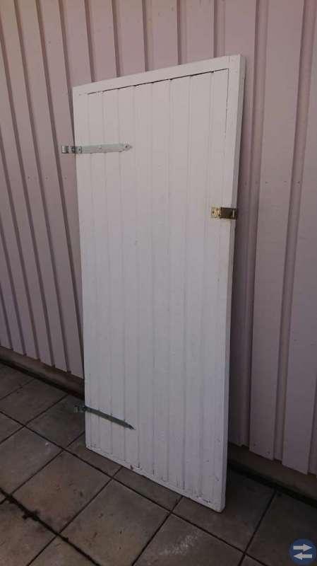Dubbel och enkel dörr