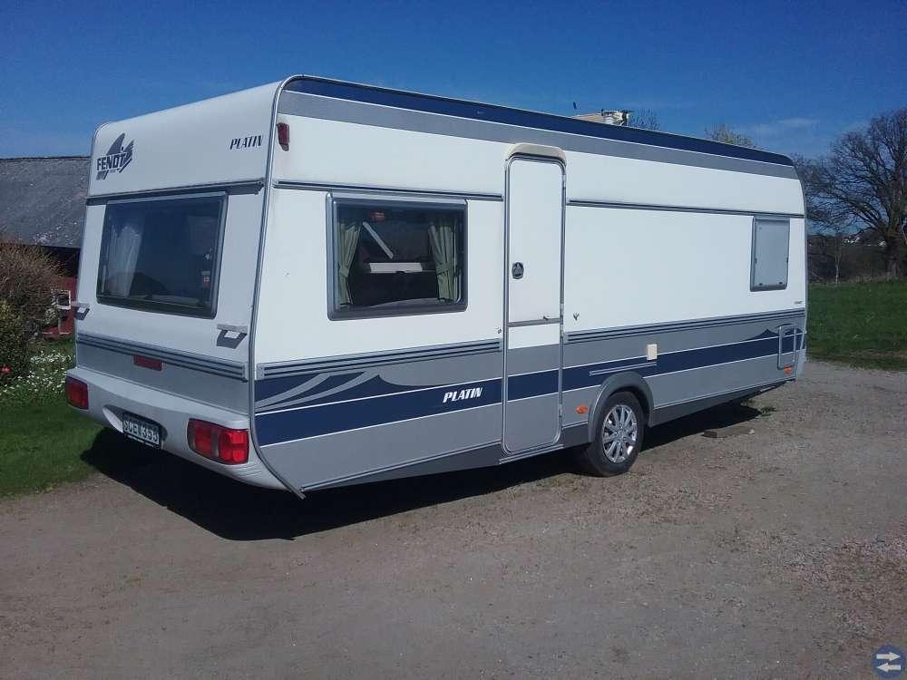 Trevlig husvagn Fendt 550 TF Platin -01